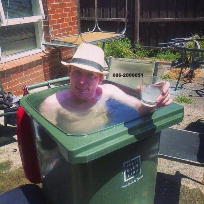 bote de basura piscina