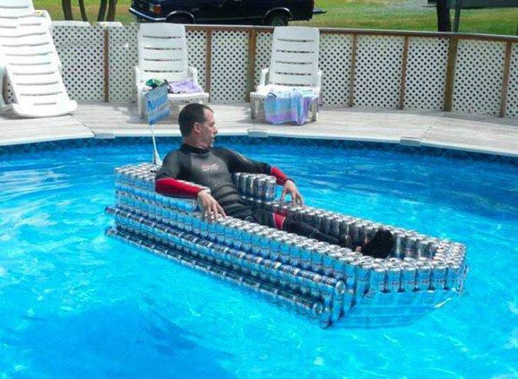 flotador de latas de cerveza