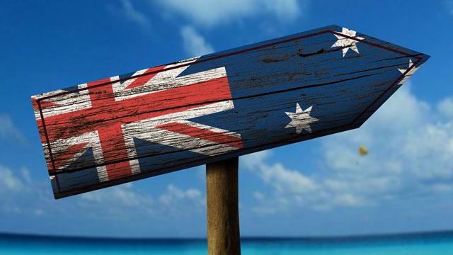 Estudiar en Australia. señaletica con la bandera de australia