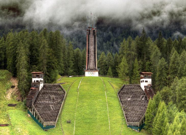 Torre de salto en esquí, Cortina D'ampezzo, Juegos Olímpicos de Invierno, Italia 1956