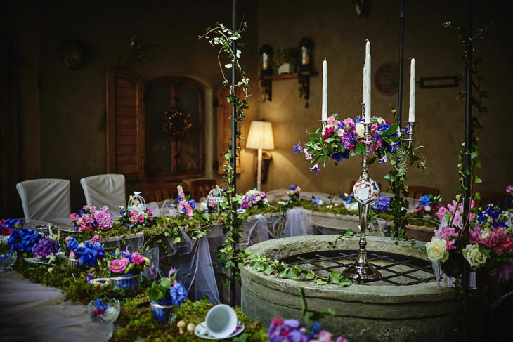 mesa de boda inspirada en alicia