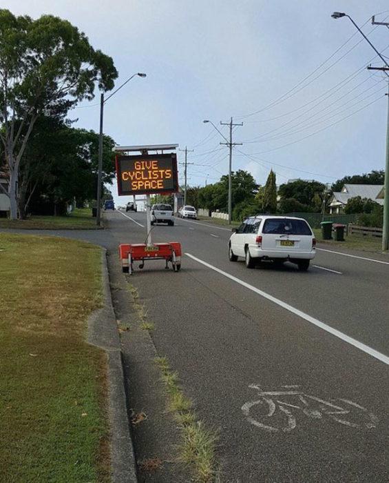 anuncio ciclistas