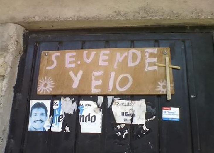 cartel se vende yelo