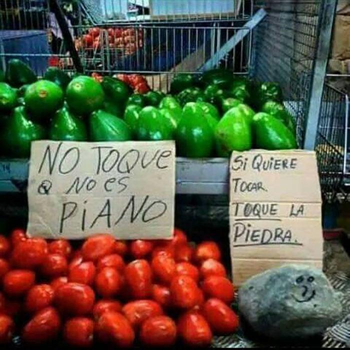 carteles de no tocar verdura