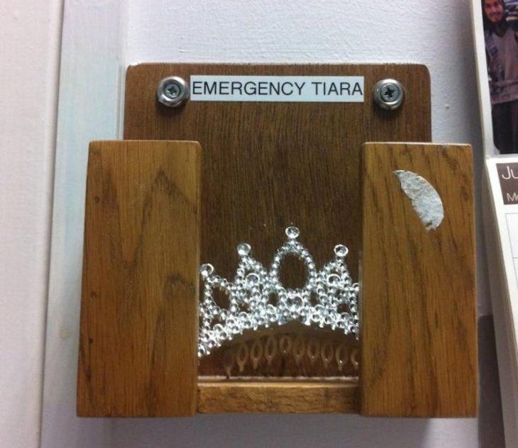 tiara de emergencia