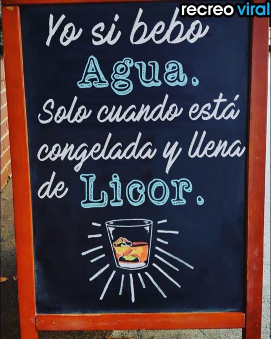 cartel gracioso para bar