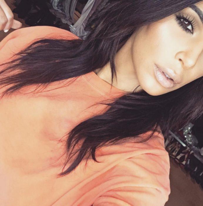 foto de ojo de kim kardashian