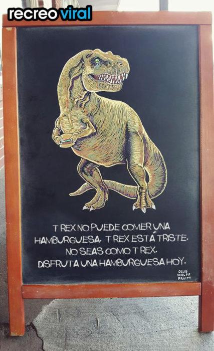 cartel gracioso para bar con un dinosaurio