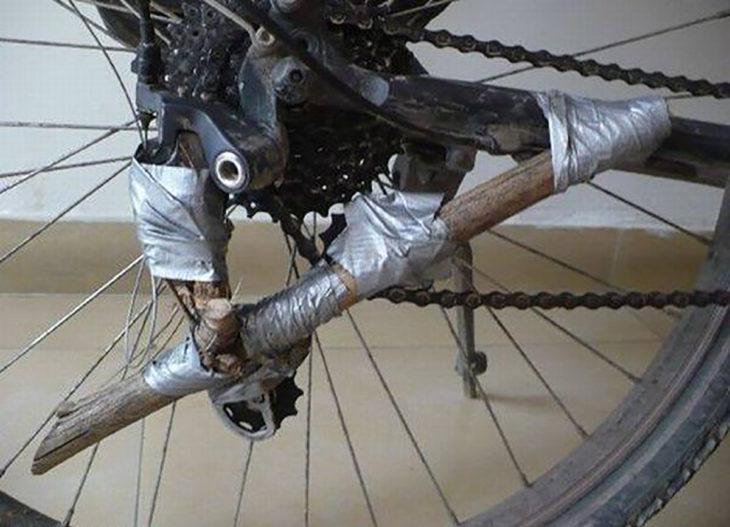 rin de llanta arreglado con cinta adhesiva