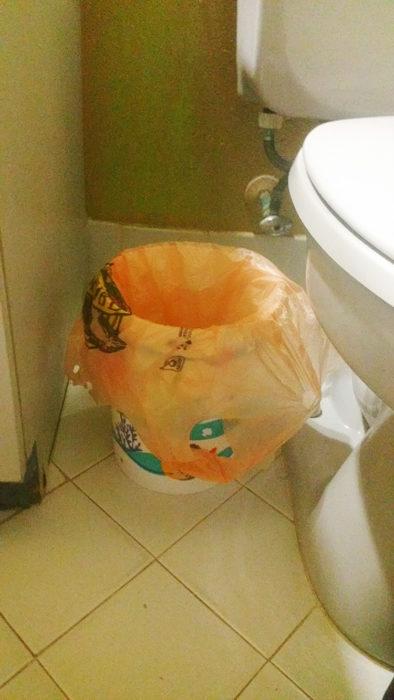 bote de basura casa latina