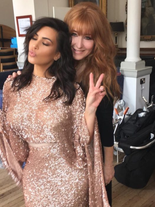kim kardashian y otra mujer