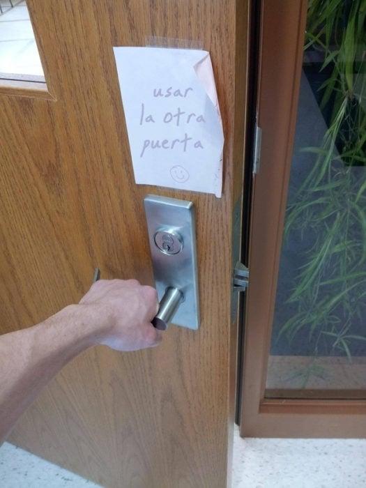 No les interesan las reglas - usar la otra puerta