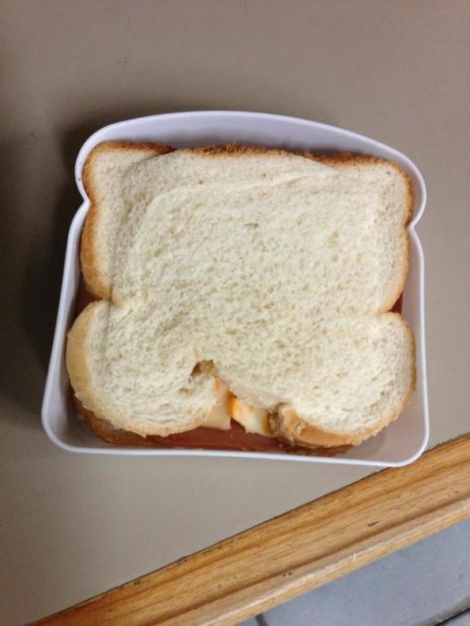 No les interesan las reglas - sandwich al revès