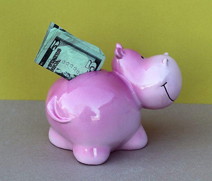 Alcancía de hipopótamo