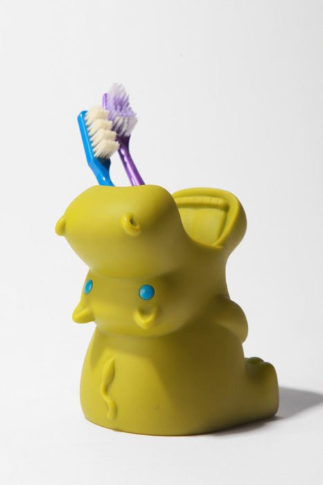 Para guardar los cepillos de dientes de hipopótamo