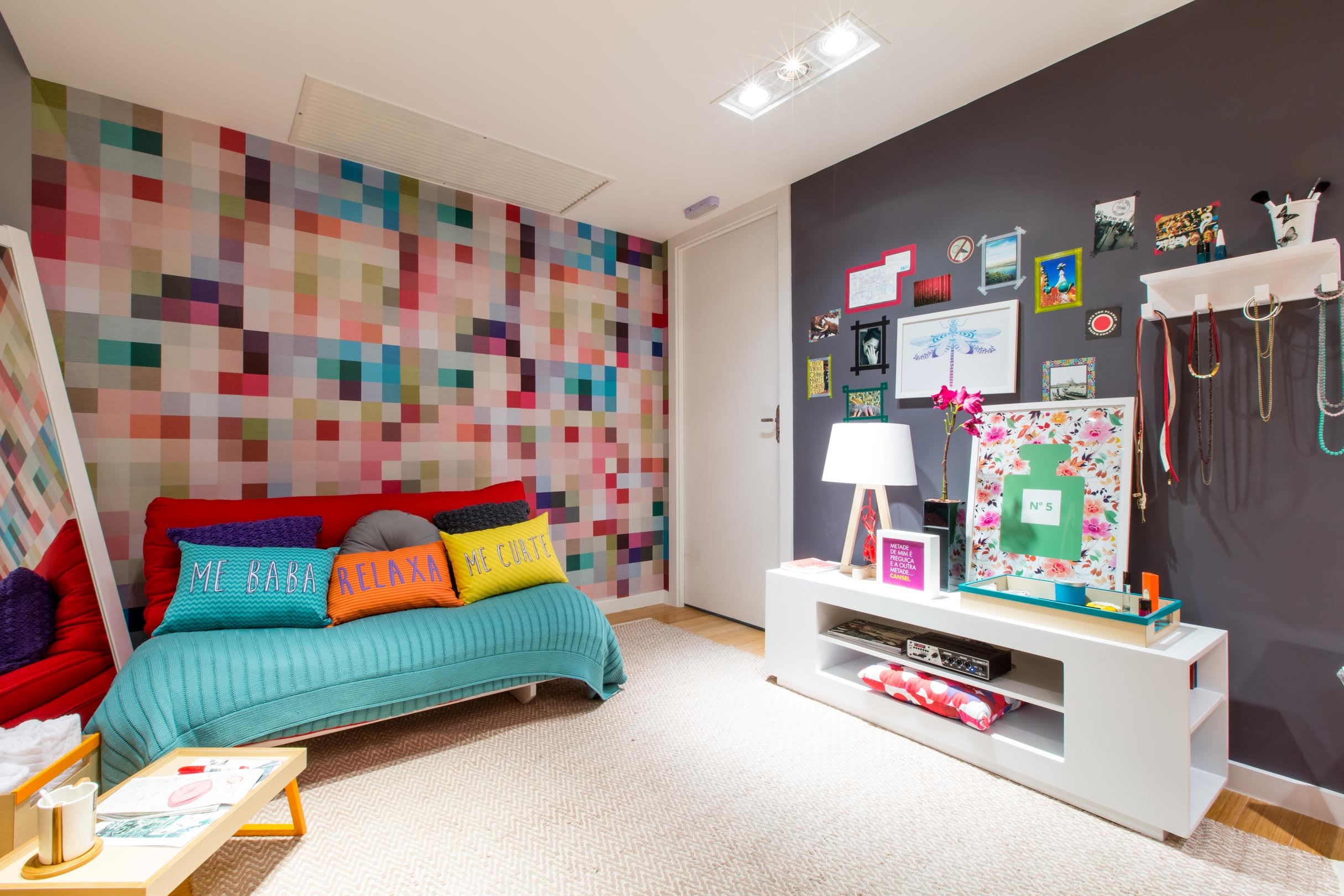 20 geniales formas de decorar tu hogar con poco presupuesto for Color del dormitorio de los padres
