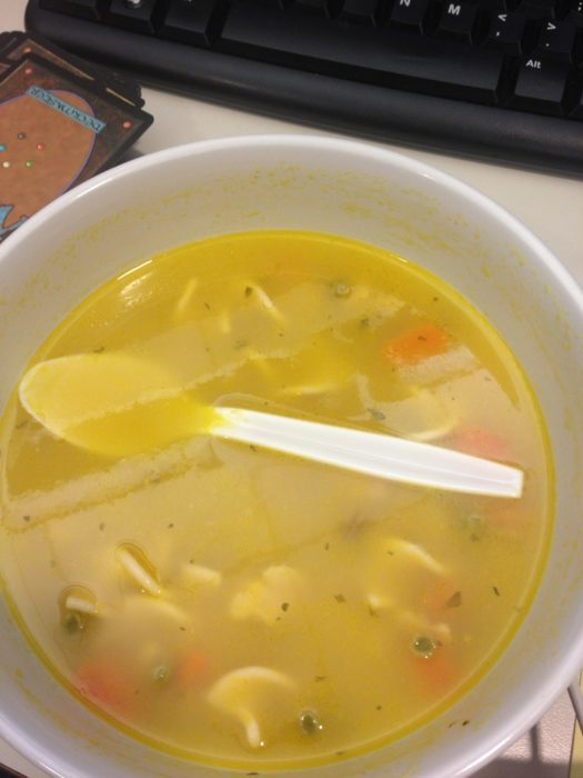 se le cayó la cuchara a la sopa