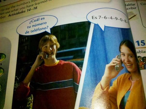 Cosas graciosas en libros de texto - le habla a alguien para pedirle su teléfono