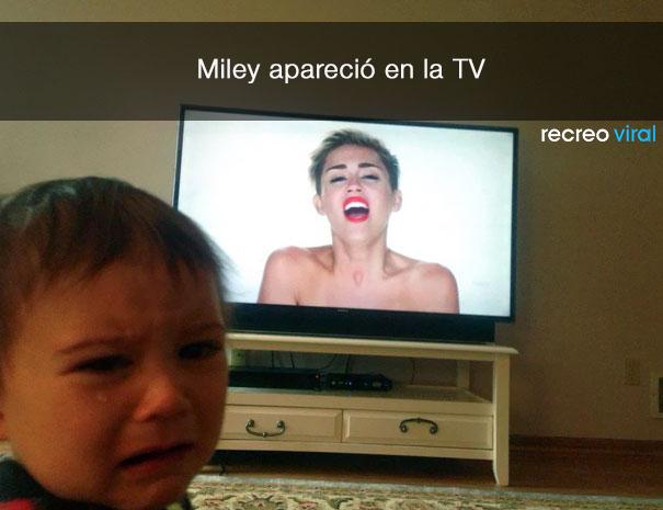 Niño llora porque salió miley cyrus