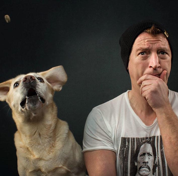 perrito junto al fotografo