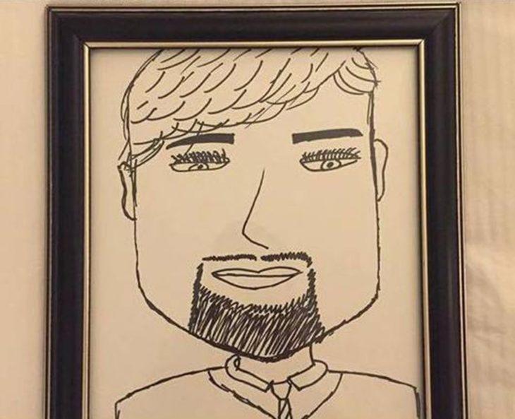 Peticiones absurdas hoteles - dibujo de un hombre enmarcado