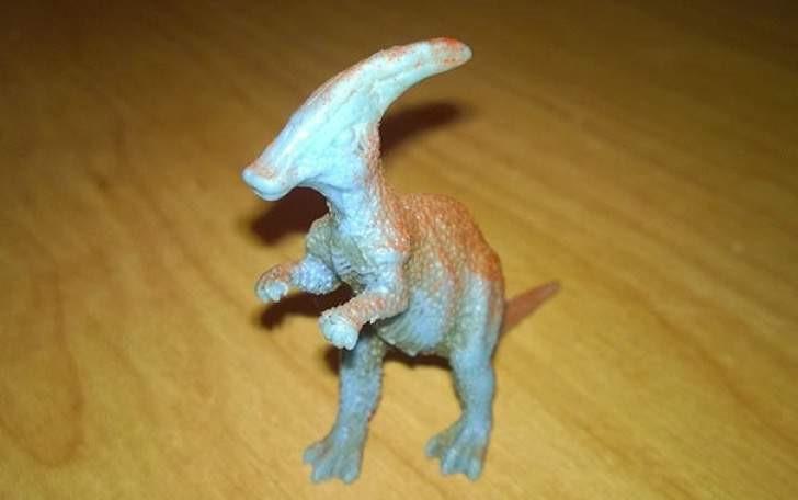 Peticiones absurdas hoteles - Dinosaurio plástico