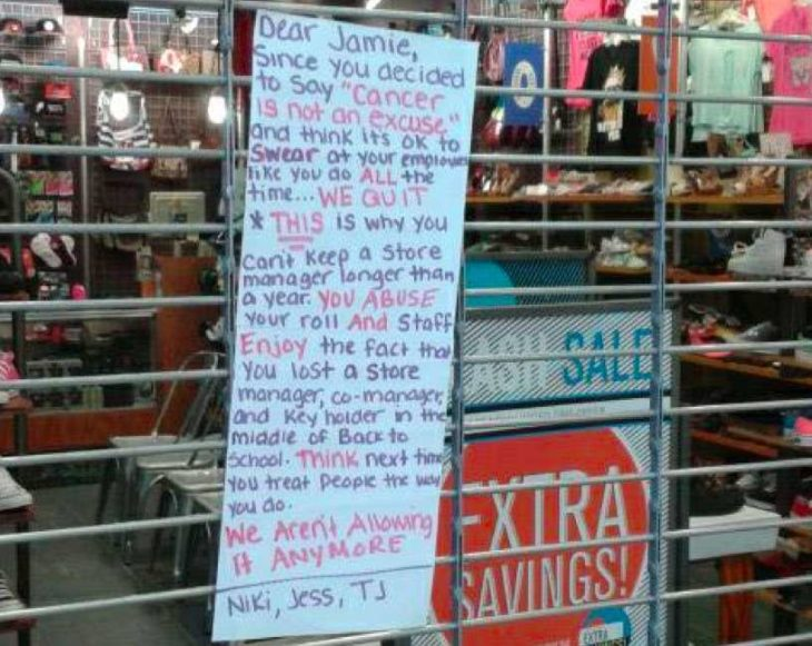 Todos los empleados de una tienda renuncian juntos y cierran la tienda