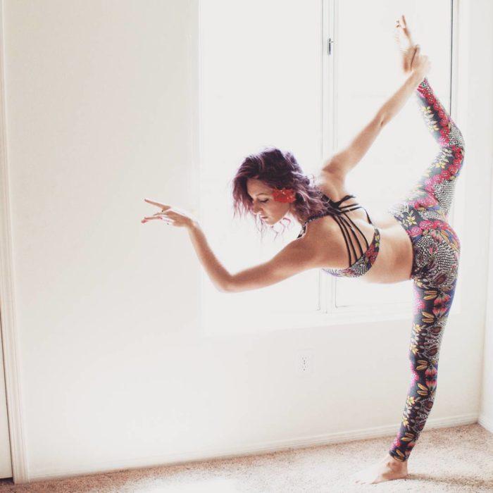 Heidi yoga con top crop y lycra