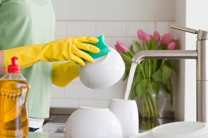 esponja para lavar platos