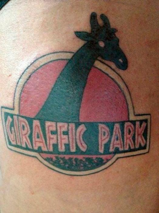 tatuaje giraffic park