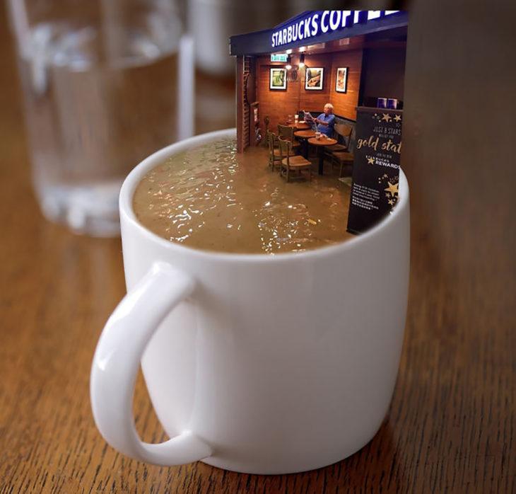 señor en starbucks inundado editado dentro de una taza de café
