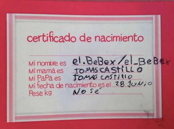 certificado de nacimiento de juguete