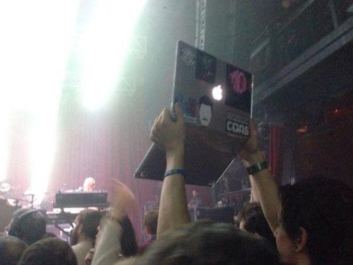 laptop en concierto