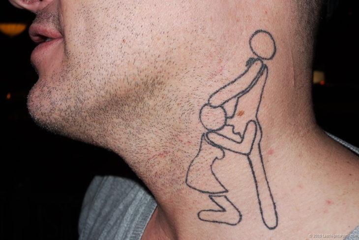 tatuaje de sexo oral