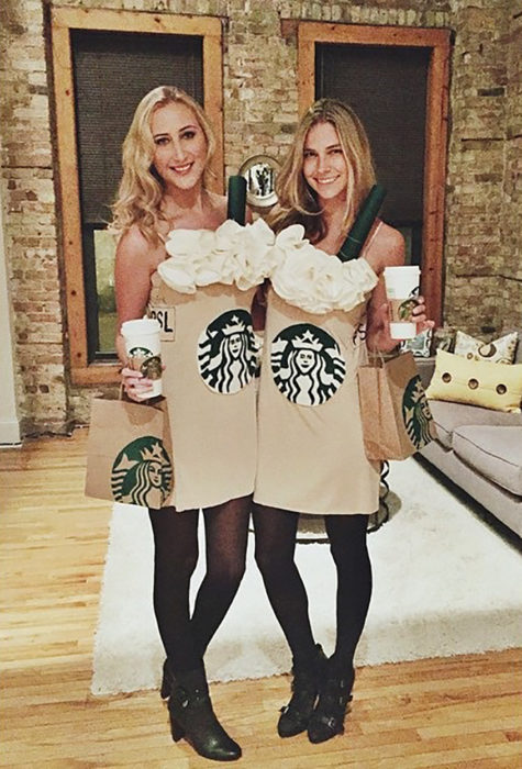 amigas disfrazadas de café