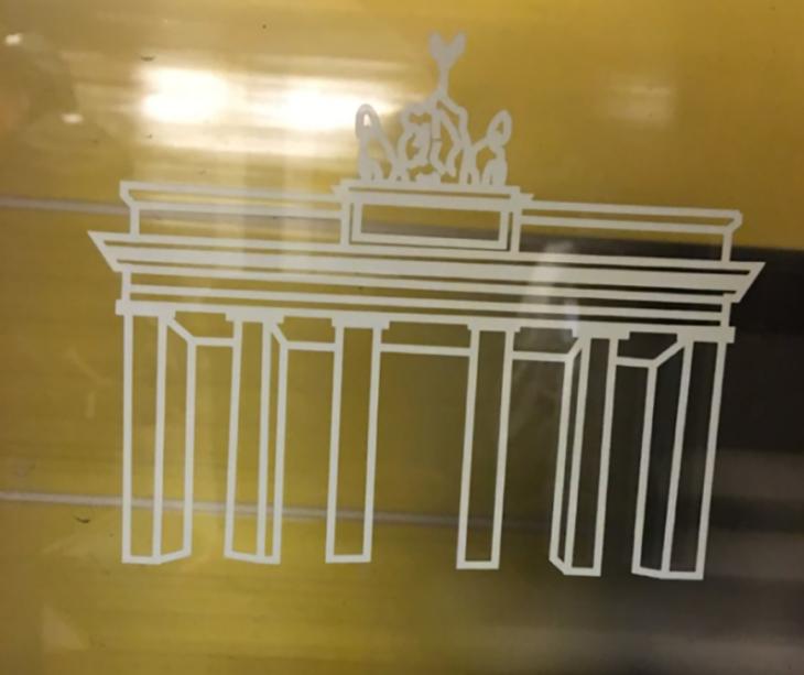 bosquejo de edificio greco