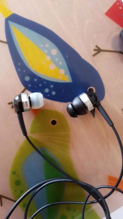 un audífono sin tapón