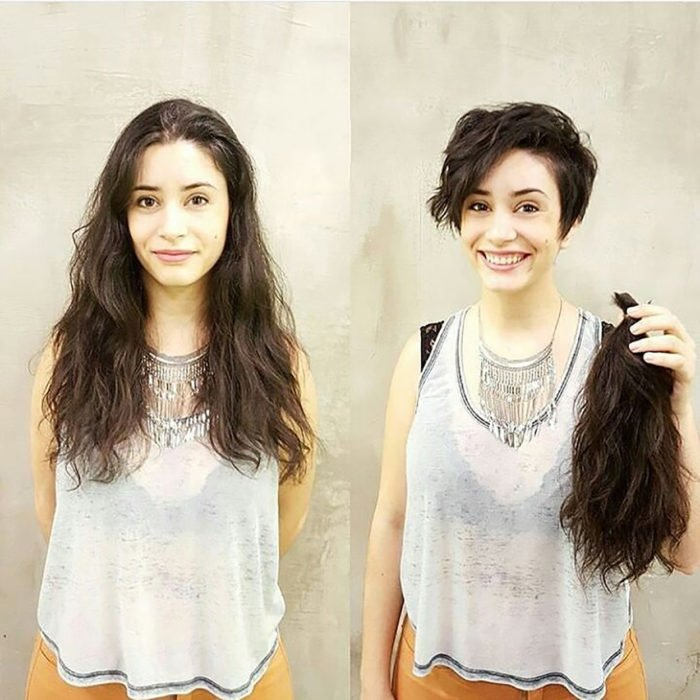 muchacha de blusa blanca antes y después de cortarse el pelo
