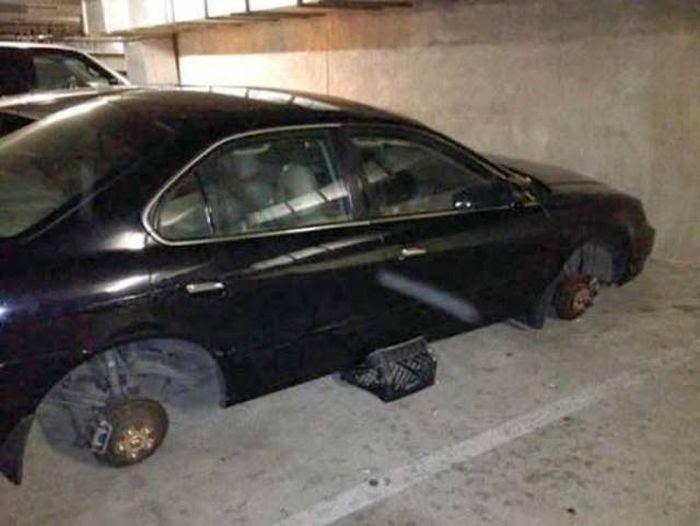carro sin llantas