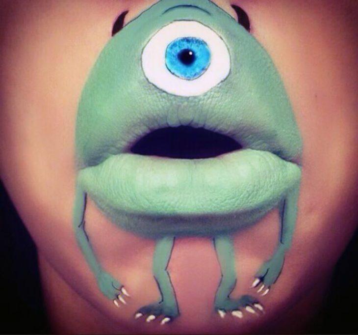 labios de mike wazowski
