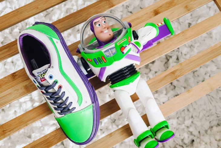 vans con buzz light year