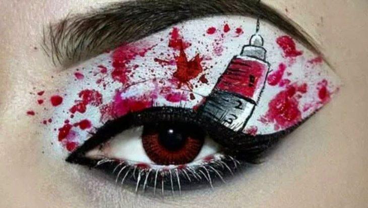 maquillaje para ojo de jeringa ensangrentada