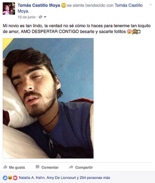 foto facebook hombre dormido