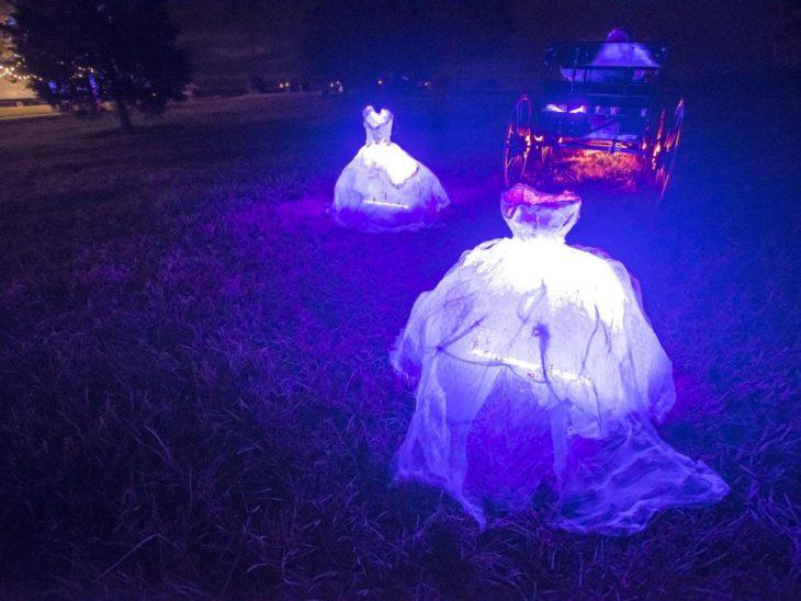 decoración de exterior halloween vestidos que parecen fantasmas