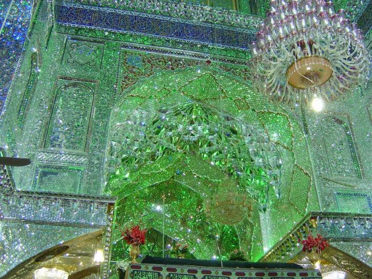 hermoso interior de mezquita