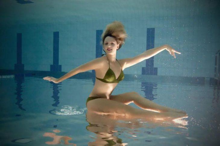 perspectiva en una bailarina de nado