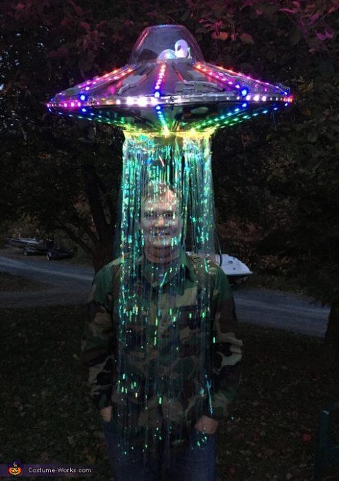 disfraz de abducción extraterrestre