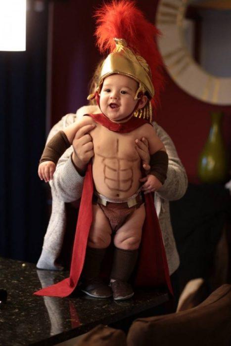 bebé espartano