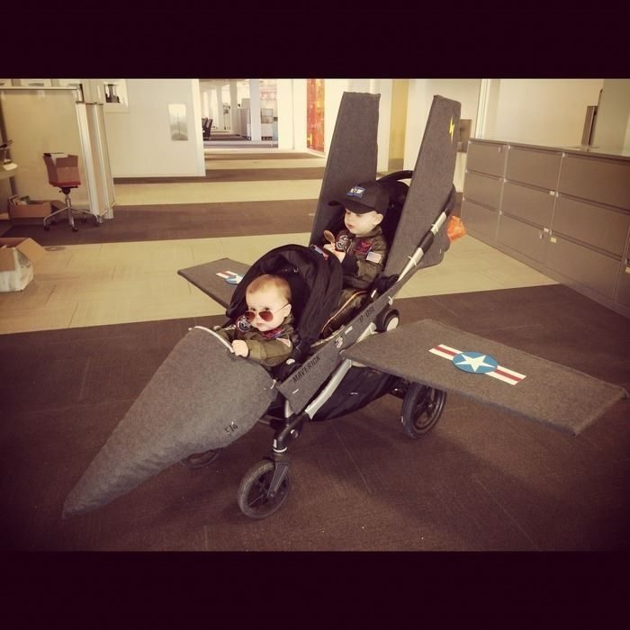 Disfraz de dos bebés pilotos