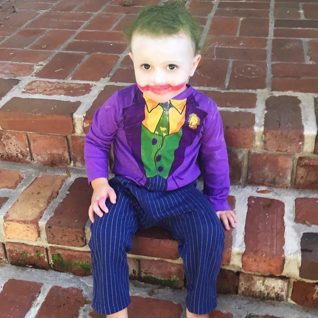 24 Niños que lucen su disfraz de Halloween mejor que tú